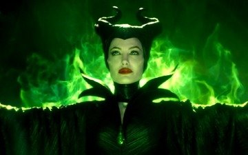 Angelina Jolie gives her nod to Maleficent 2