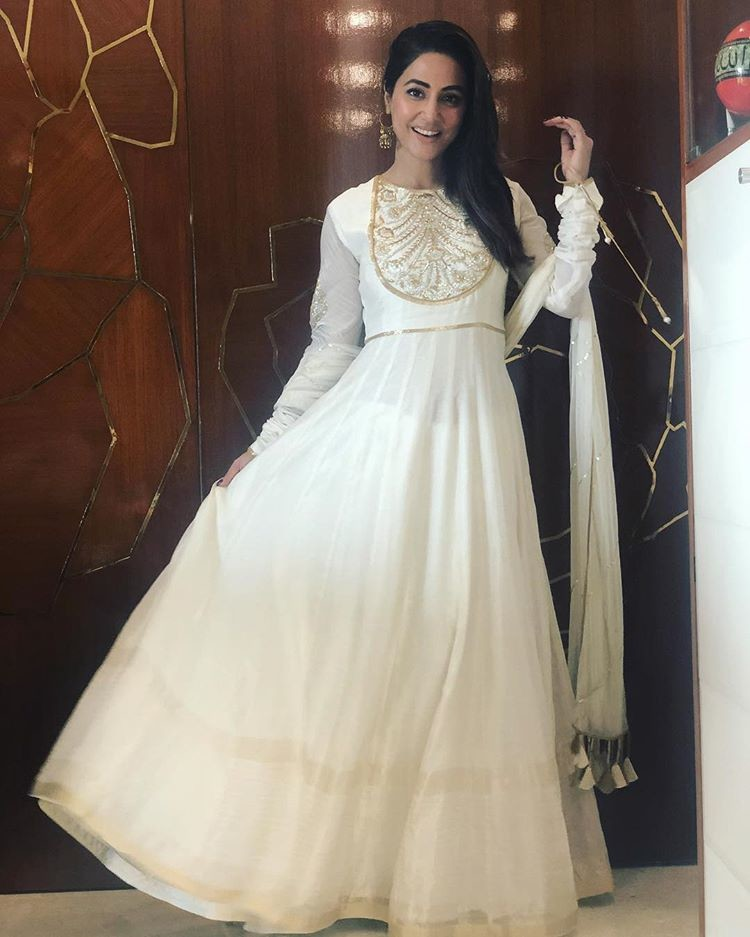Hina Khan Poses For A Candid