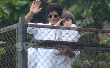 More pics coming in from Mannat of SRK, AbRam wishing Eid Mubarak