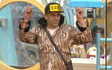 BIGG BOSS DAY 93: Imam shocks contestants with his wild side