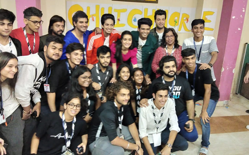 Chhichhores, Sushant Singh Rajput And Shraddha Kapoor Have A Blast With College Students During Promotions