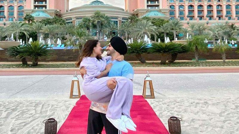 Newly Wed Neha Kakkar And Rohanpreet Singh Lip Lock; Singer Shares Series Of Pictures Calling It 'Honeymoon Diaries'