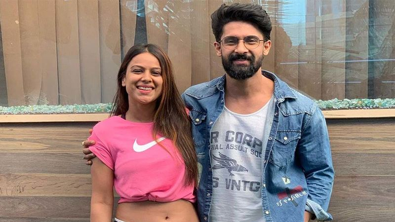 Nia Sharma Drops A Hot Pic Of Birthday Boy Ravi Dubey As She Wishes Her 'Longest Running Co-Star'