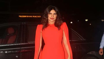 Priyanka Chopra's Manager Reveals Many Prominent People From Bollywood Were 'Negative' About Her; Said She Was 'Wasting Time' On Her