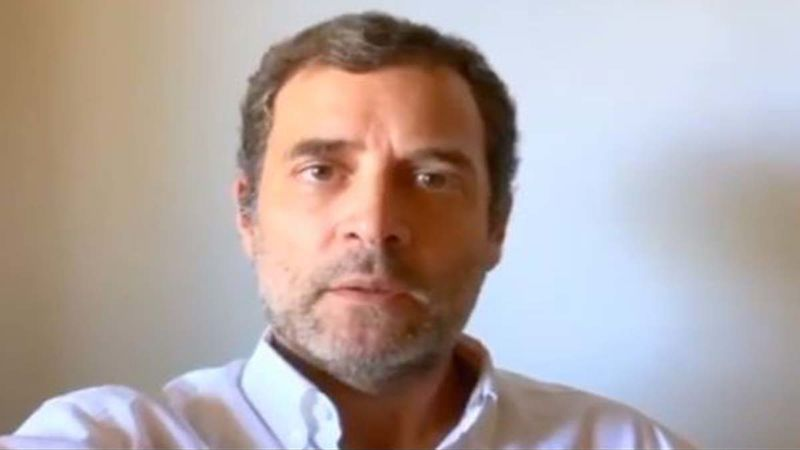 OMG, Rahul Gandhi Does 15 Push Ups On Being Challenged By A Student In Tamil Nadu; Internet Is In Awe Of His Fitness Game