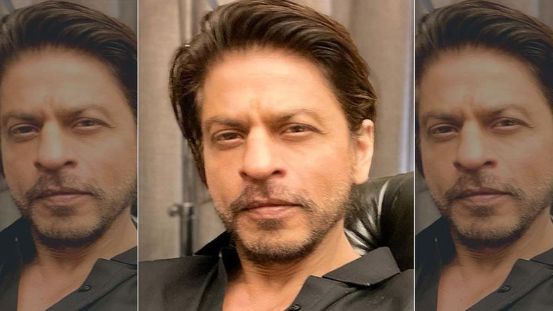 Shah Rukh Khan Greeting A Cop When He Arrived At Late Actor Dilip Kumar's Residence Wins Netizens' Hearts
