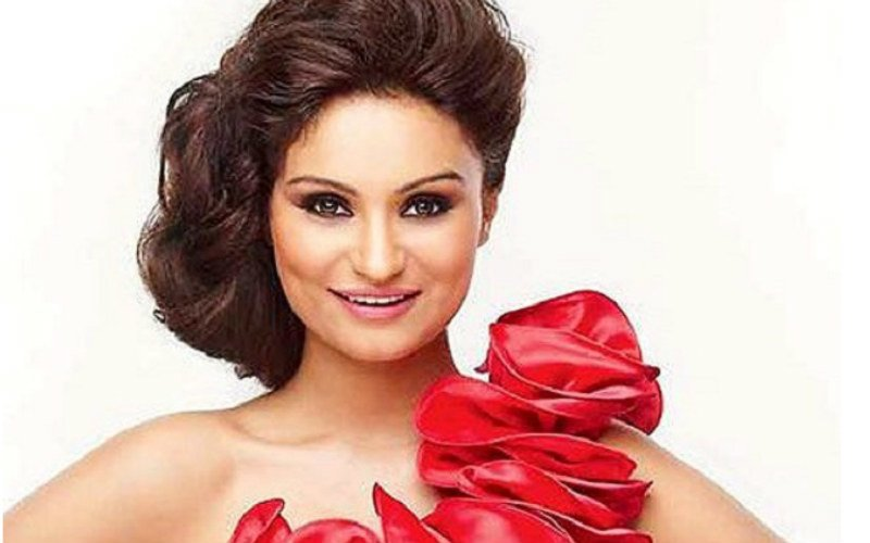 Dimpy gives birth to a baby girl