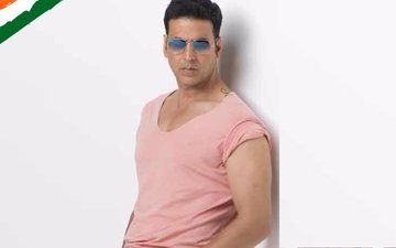 Akshay Kumar makes a big announcement