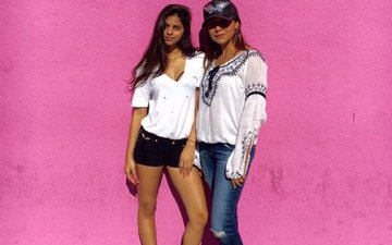 Gauri Khan And Daughter Suhana Enjoy A Girls' Day Out