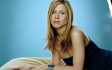 Jennifer Aniston refuses to attend to her ailing mother