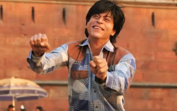 Shah Rukh Khan dances to 7 different Fan anthems