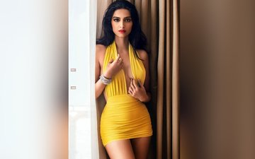 Sonam Kapoor gets ready for Veere Di Wedding