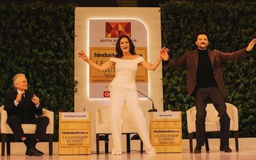Anil Kapoor Greets Hollywood Star Couple Catherine Zeta-Jones And Michael Douglas At An Event In  New Delhi