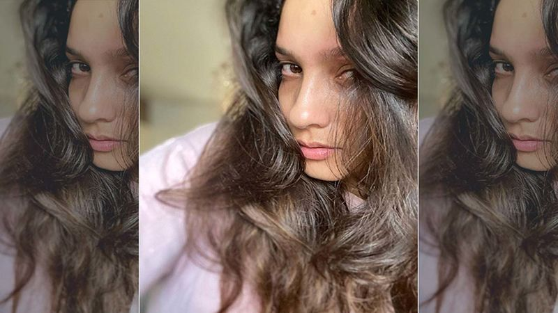 Ankita Lokhande Has An Arresting Picture As Her Wallpaper; You Would Want To See Who It Is