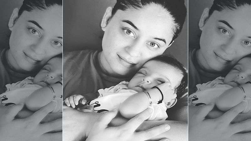 Mahhi Vij's Daughter Tara Calls Her 'Mumma' For The Very First Time; Actress Gets All EMO