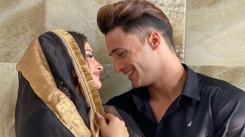 Asim Riaz Talks About Being In A Relationship With Himanshi Khurana: 'We Are On The Same Page In Love And Sharing Love'
