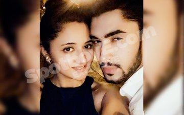 30-year old Rashmi Desai dating 20-year old Laksh Lalwani?