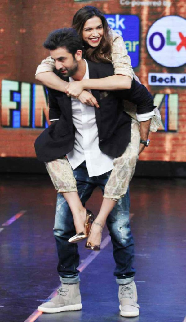 Deepika Padukone's Toned Back & RK Tattoo Are Breaking The ...
