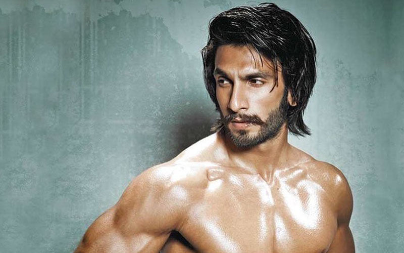Ranveer Singh Shows Off His Drool-worthy HOT-BOD Which Will Surely Take Away Your Mid Week Blues