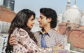 Priyanka Chopra And Farhan Akhtar Ooze Romance In The New Still From The Sky Is Pink