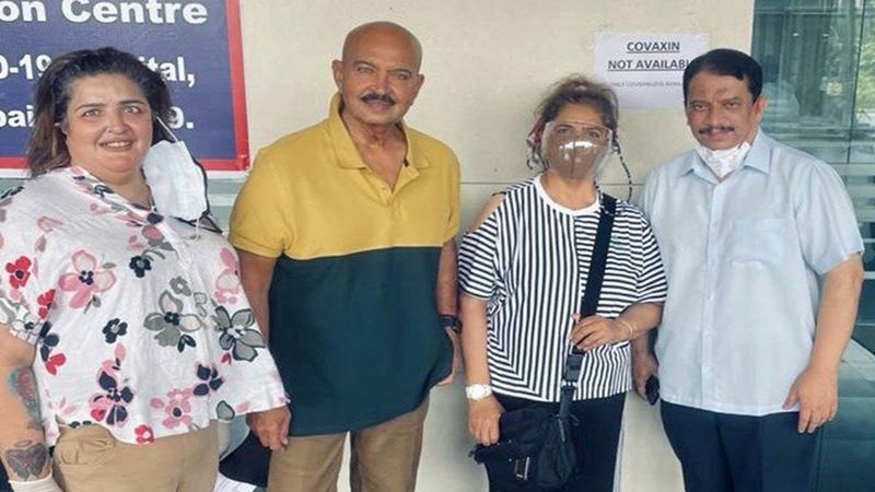 Hrithik Roshan's Parents Rakesh And Pinkie Roshan Get Their Second Dose Of Vaccine Against COVID-19, Thank Their Doctor