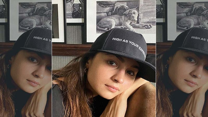 Alia Bhatt Visits Her Future Home To Oversee The Work, While Boyfriend Ranbir Kapoor Is Busy Fulfilling His Work Commitment