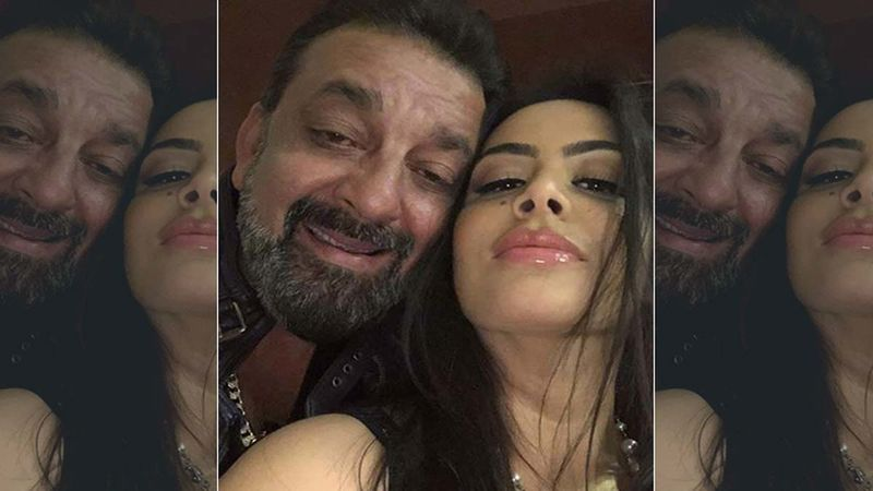 This Is How Sanjay Dutt's Daughter Trishala Dutt Responded When She Got A Marriage Proposal During An Instagram Session