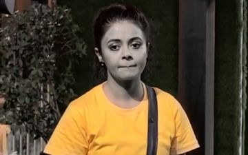 Bigg Boss 13: Devoleena Bhattacharjee's Captaincy Hits Rough Waters Due To Major Revolt