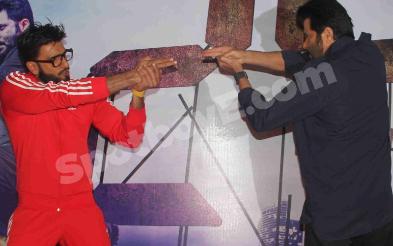 See Ranveer Singh and Anil Kapoor's crazy antics at 24 screening