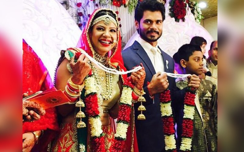 IN PICS: Sambhavna Seth ties the knot with boyfriend Avinash Dwivedi