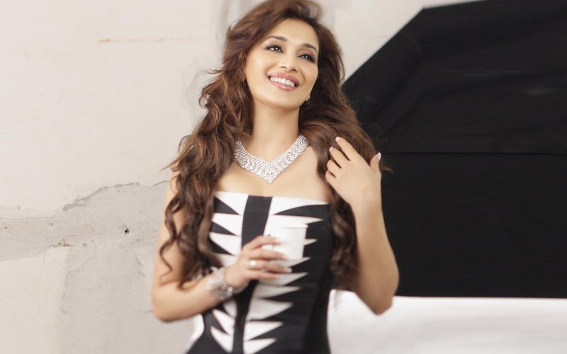 Video: Madhuri Dixit Flies Off To The US For Urgent Medical Treatment