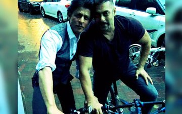 Shah Rukh Khan and Salman Khan go on a cycle ride: Yeh Dosti Hum Nahin Todenge