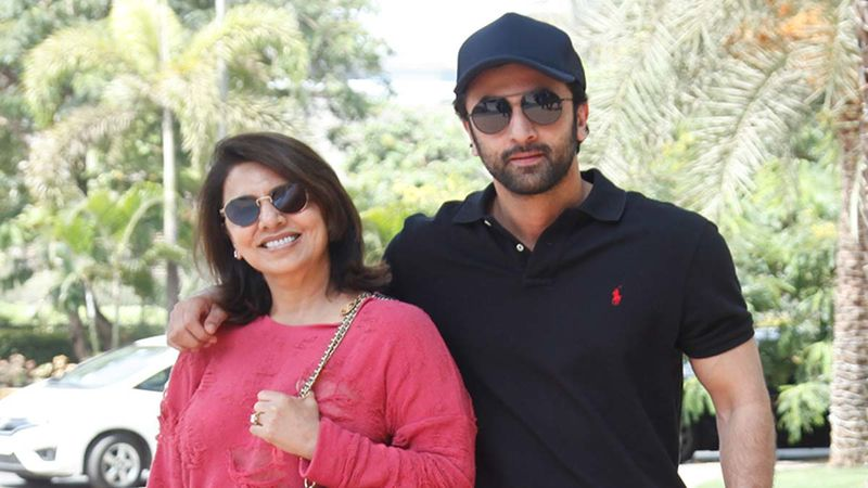 Ranbir Kapoor's Latest Picture Has An Interesting Emoji Face: Atleast Mom Neetu Kapoor Says So