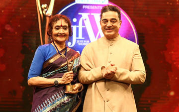 Kamal Haasan Felicitates Legendary Vyjayanthimala Bali With A Lifetime Achievement Award At 11th JFW Magazine Awards 2019