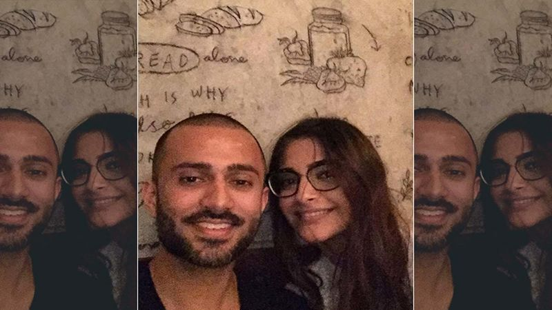 Anand Ahuja Is All Heart For His Pretty Wife Sonam Kapoor As Lady Turns Supermodel For His Clothing Line In London