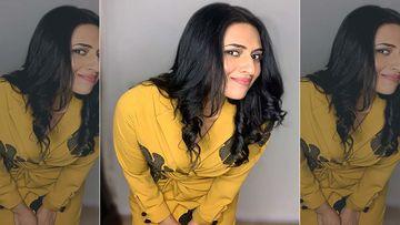 Divyanka Tripathi Finds Her Pregnancy Rumours Floating On The Internet 'Awkwardly Funny'