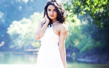 Jasmin Bhasin: Every Time I Think About Tashan-e-Ishq Coming To An End, I Become Emotional