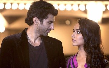 Shraddha at Aditya's house for 4 hours!