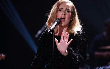 Adele refuses the Super Bowl '17