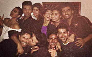 Akshay Kumar Celebrates His Grand 2016 With KJo, Alia, Sidharth, Varun, Will Smith...
