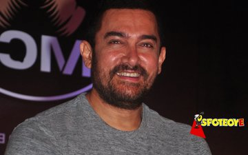 It's official: Aamir Khan leads drought-free Maharashtra campaign