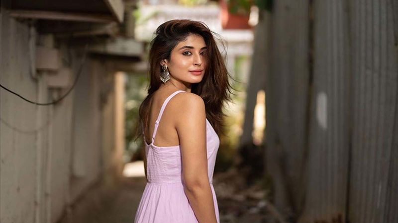 Kritika Kamra Appeals For Peace And Defeat Over Hatred Post The Tragic Delhi Violence