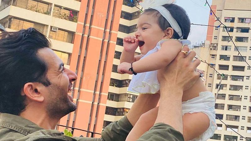 Jay Bhanushali's Little Daughter Tara Claps As She Watches Him Host A Show From Home For The First Time- Video Inside