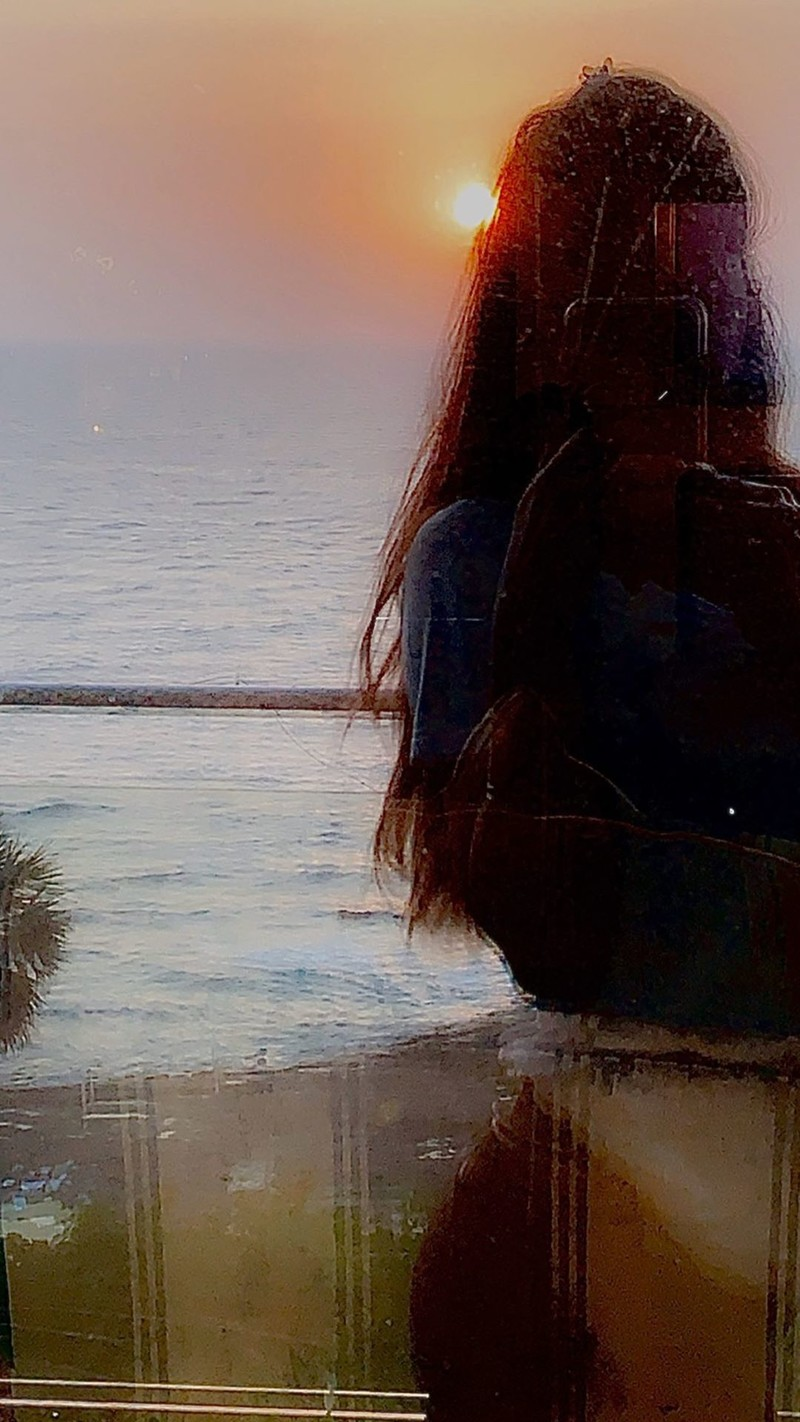 suhana khan sunset