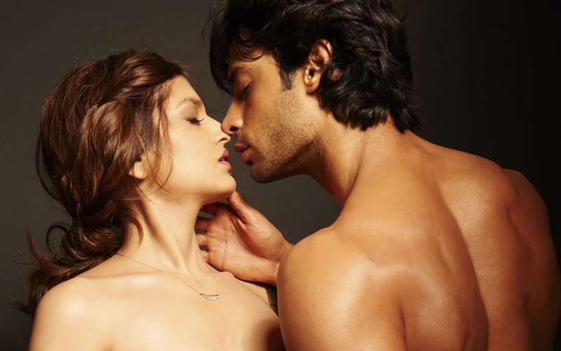 Movie Review: Love Games, Sex flick which goes from Bad to Perverse