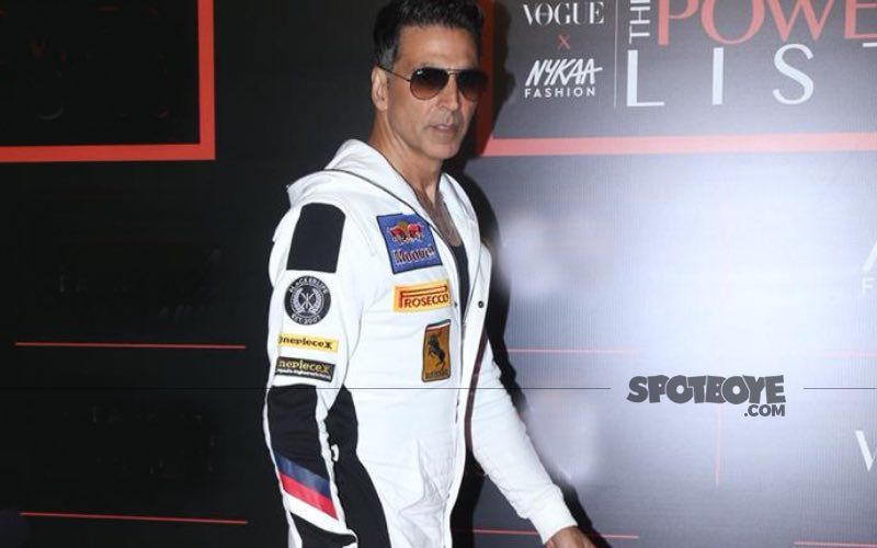 Akshay Kumar Says 'Well Done' To A 10-Year-Old 'Karate' Boy For Breaking Car's Windscreen To Save His Family From Drowning