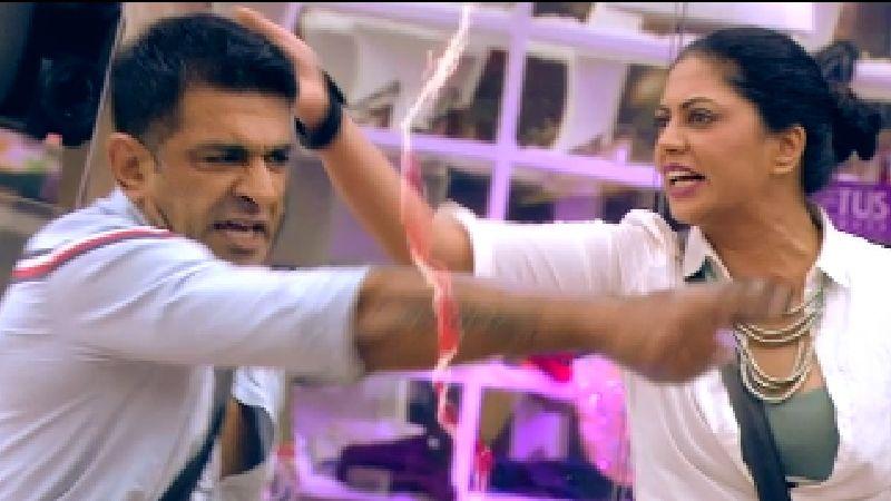 Bigg Boss 14: Kavita Kaushik-Eijaz Khan Get Into A Physical Fight As FIR Actress Pushes Eijaz; Gives Flashback Of Bigg Boss 13 - WATCH