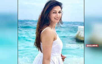 Divyanka Tripathi Is Damn Honest When Asked If She's A Bathroom Singer- EXCLUSIVE