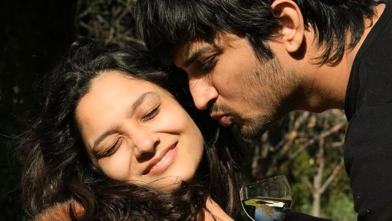 Ankita Lokhande Says 'Someone Inside Leaked' Sushant Singh Rajput's Last Pictures From His Bedroom; Says She Got Them Within 10 Minutes Of His Death