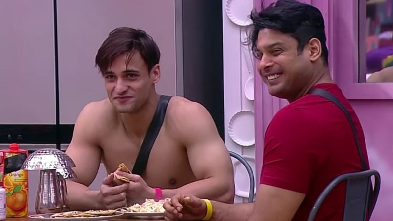 Bigg Boss 13: Sidharth Shukla-Asim Riaz's Bromance Peaks, Riaz's Antics Crack-Up His ARCH RIVAL  – VIDEO